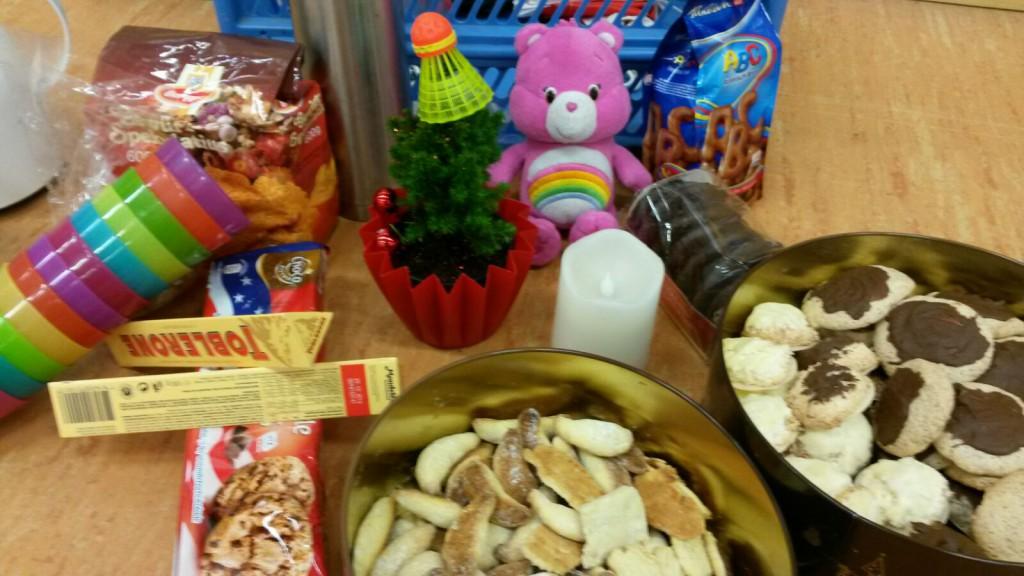 Weihnachten steht vor der Tuer - Auch unser Gluecksbaerchen feiert mit